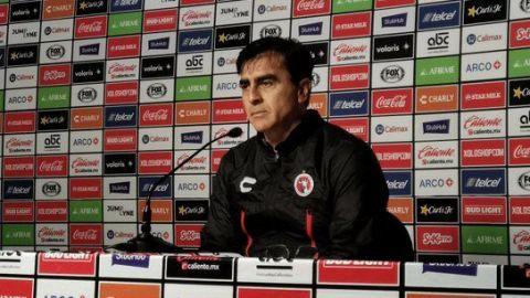 VIDEO: Gustavo Quinteros no descarta llegada de Orlando Berrío