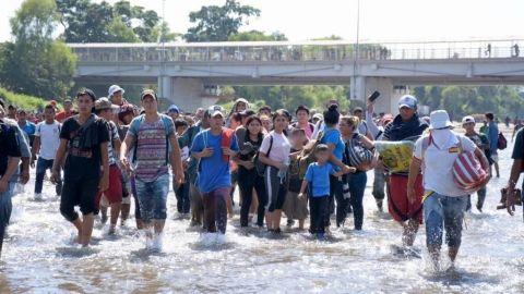 México arrestará migrantes centroamericanos que cruzaron frontera por el río