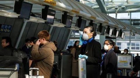 Más de 200 evacuados llegan a Estados Unidos desde China por el coronavirus