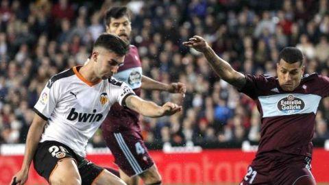 El Valencia derrota al Celta con Néstor Araujo de titular