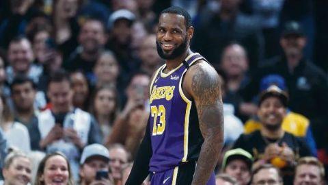 El mundo de las apuestas ve a Lakers y Bucks favoritos al título