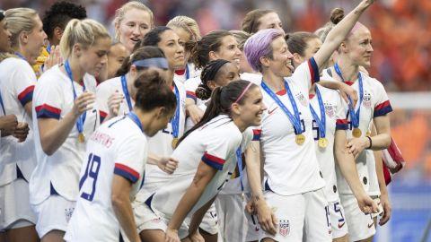 Selección femenil EE.UU. demanda por 65 millones a su federación