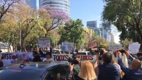''Queremos vivir'', exigen pacientes mexicanos de VIH ante escasez de fármacos