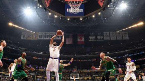 Lakers venció a Celtics tras final dramático