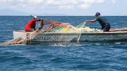 Localizan a 4 de 6 pescadores perdidos en el mar en Oaxaca