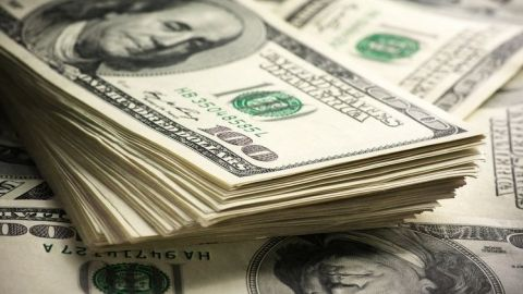 Nerviosismo por pandemia dispara el dólar a 21.66 pesos