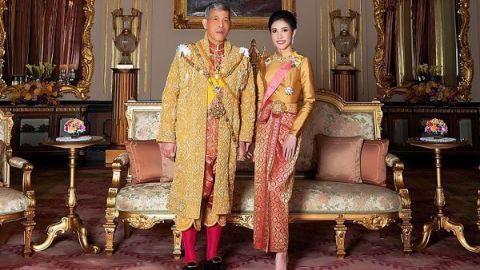 Tailandia se vuelve en contra de su rey por el coronavirus