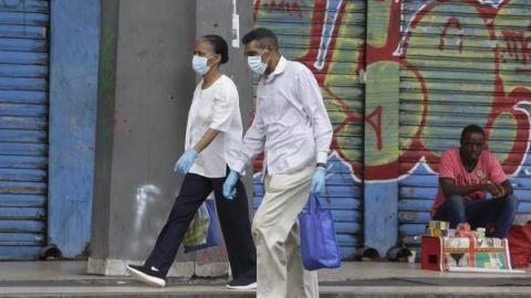 Declaran obligatorio uso de cubrebocas en Nuevo León