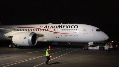 Llegan a México avión con insumos médicos de China