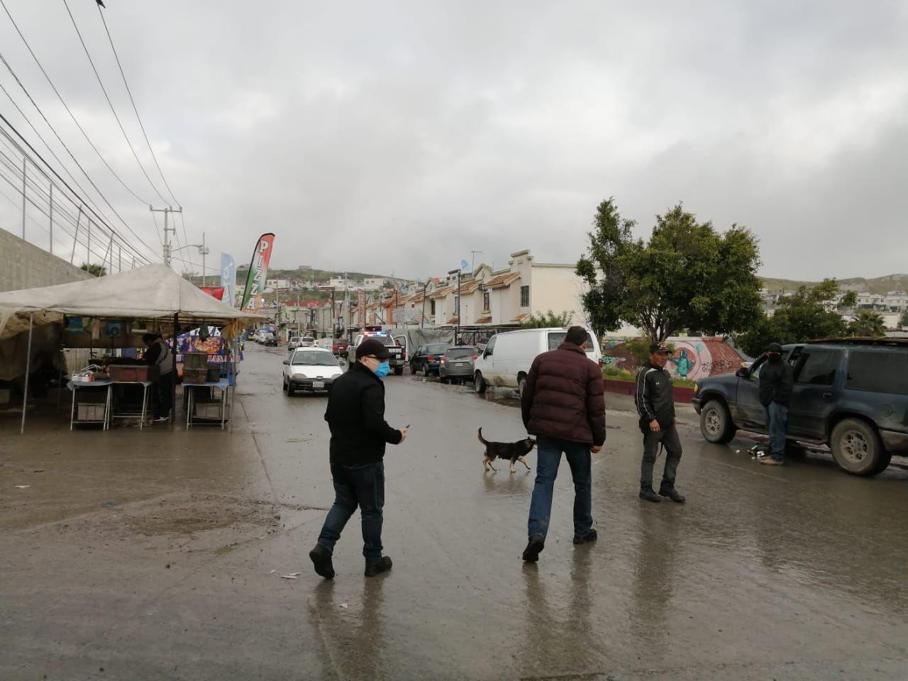 Operativo en Mercados Sobre Ruedas de Tijuana, retiran a vendedores