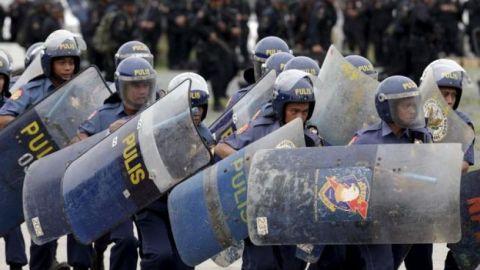 Policía filipina mata a hombre que se negó a realizar cuarentena