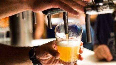 Regresa la venta de cerveza para evitar la violencia familiar