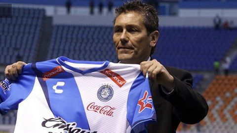 Carlos Poblete, campeonísimo y leyenda del Puebla