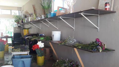 Floristas de panteones se quedarán sin ingresos este 10 de mayo
