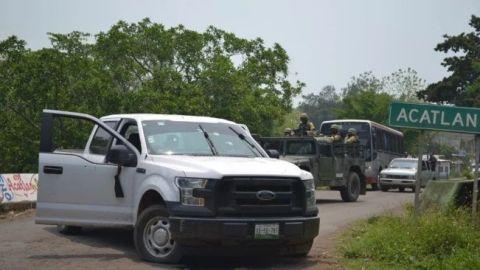 Enfrentamiento entre policías y hombres armados deja 6 muertos