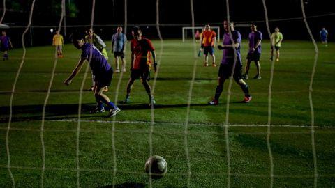 En Wuhan, aficionados vuelven al futbol