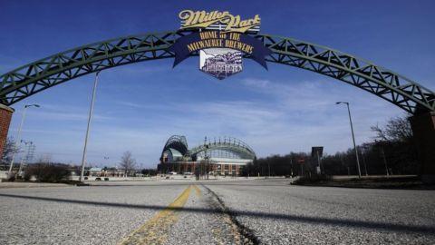 Sujeto provoca daños menores en parque de los Cerveceros