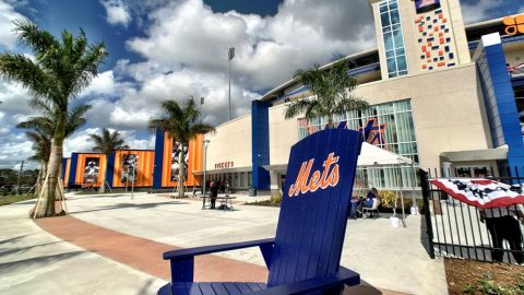 Mets abren de nuevo sus instalaciones en la Florida