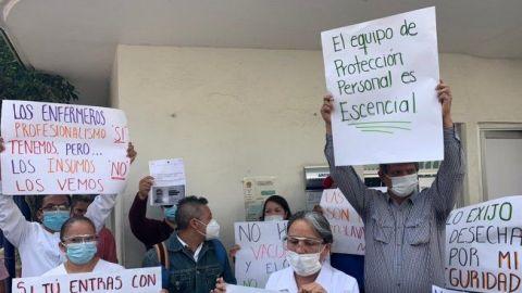 Trabajadores del INER protestan por material para atender Covid