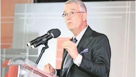 No impongan su visión autoritaria, dice Salinas Pliego