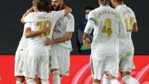 Real Madrid golea al Valencia