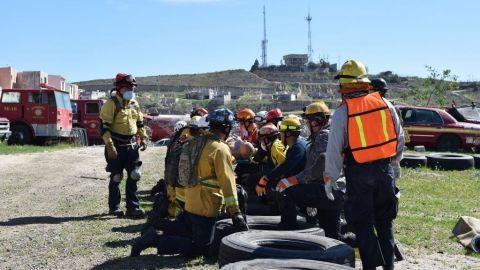 Analizan atender las solicitudes de  bomberos