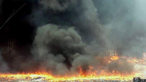 Gran incendio provoca contaminación en Mexicali