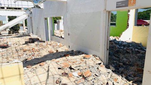 Tras sismo, analizan el desalojo de hospital Covid de Huatulco