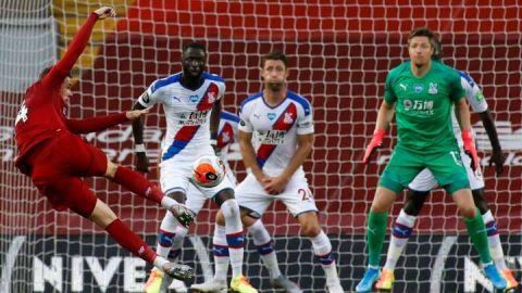 Liverpool golea al Palace y podría ser campeón este jueves