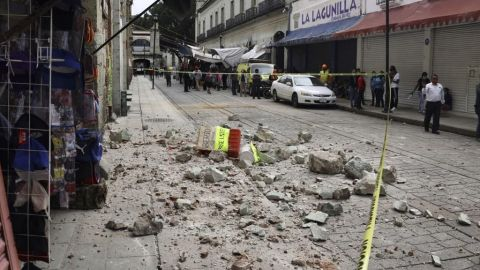 Sube cifra de muertos por el sismo