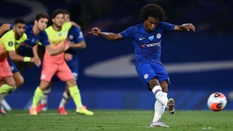 El Chelsea le regala la liga al Liverpool