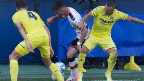 La solvencia del Villarreal no da opción a un Valencia sin alma