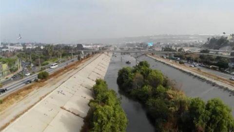 Amenazan a empleados que limpian canalización del río Tijuana