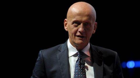 FIFA quiere uso uniforme global del VAR: Jefe de árbitros