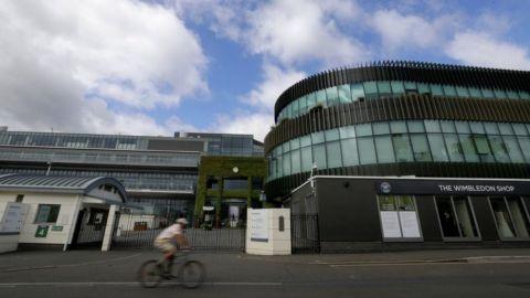 Wimbledon repartirá bolsa pese a cancelación por pandemia