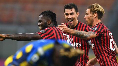 Milan sigue intratable tras el parón