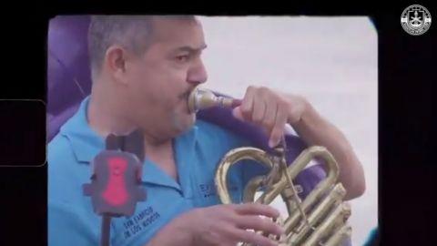 """VIDEO: Mazatlán FC """"ficha"""" a la banda El Recodo"""