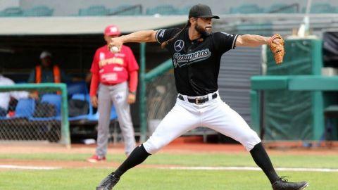 Vinculan a proceso a Sergio Mitre, pitcher de Saraperos