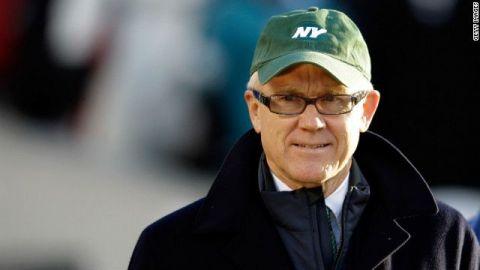 Dueño de Jets, investigado por comentarios racistas y sexistas
