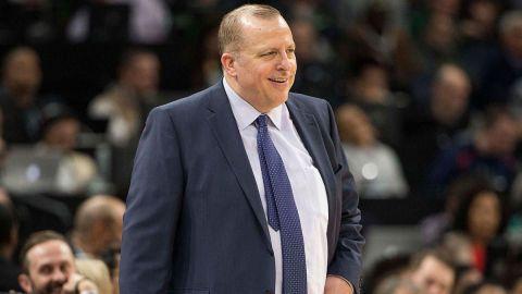Knicks a punto de firmar a entrenador Thibodeau