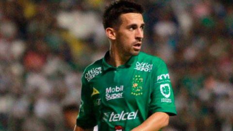 Fernando Navarro, jugador de León, da positivo a COVID-19