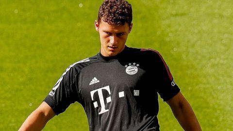 Pavard se lesiona en el entrenamiento del Bayern y es duda ante el Chelsea