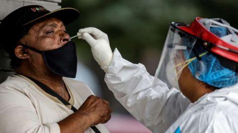 Más de 45 mil muertos en México por COVID