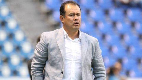 Juan Reynoso, por primera vez, contra Cruz Azul