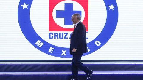 'Billy' Álvarez renuncia a la Cooperativa La Cruz Azul