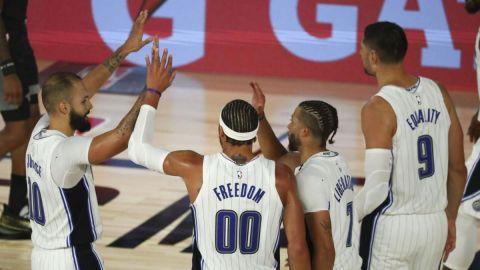 Magic mantiene buen paso ante Kings, su quinto triunfo en fila