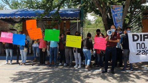 Prohibición de venta alimentos ''chatarra'' genera protestas