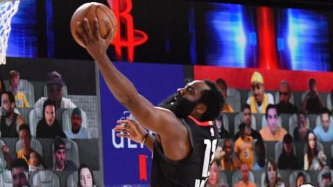 Harden anota 39 y Rockets derrotan a Lakers 113-97