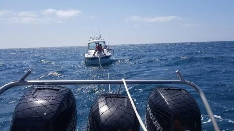 Rescatan marinos a estadounidenses en inmediaciones de Rosarito