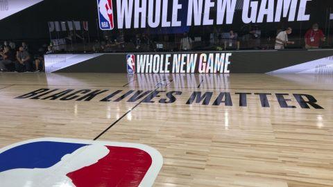 NBA permitirá que jugadores tengan invitados en la burbuja